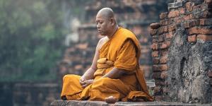 Moine, méditation, jeûne, jeûne intermittent