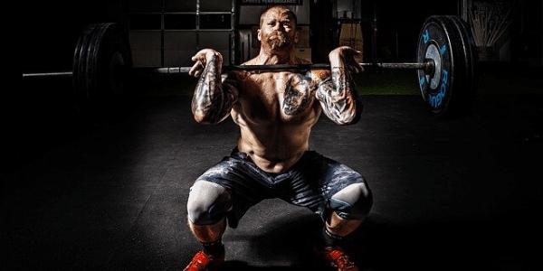 Comment améliorer sa posture grâce à l'haltérophilie ?
